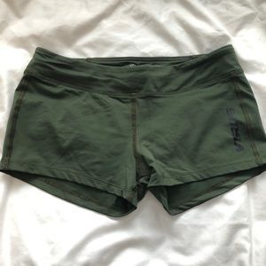 Virus compression shorts.